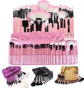Brochas set X 24 disponibles rosadas doradas negras o moradas