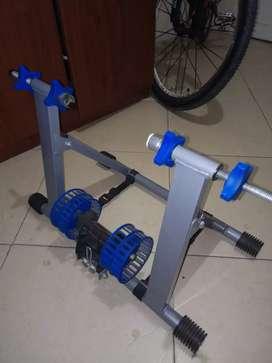 Rodillo para hacer ejercicio en bicicleta
