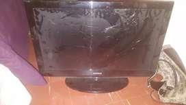 "Tv LCD Samsung 32"" pantalla rota por golpe"