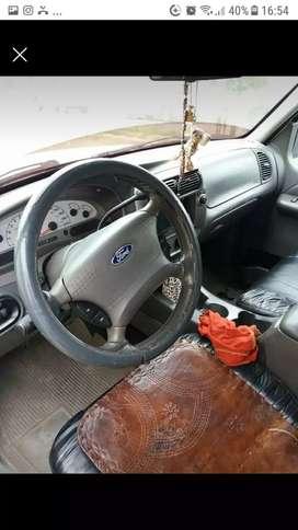 Ford Explorer sportrac doble cabina 4x4 año 2005