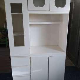 Mueble nuevo de comedor