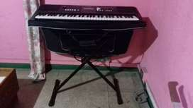 Vendo piano yamaja