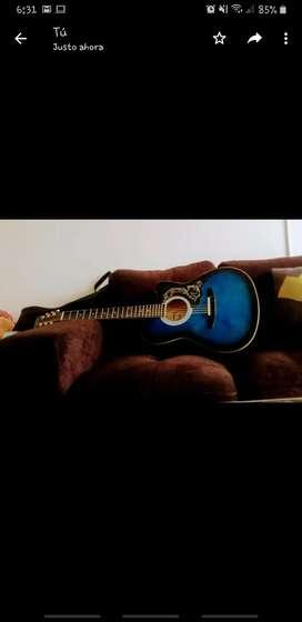 Vendo guitarra acustica (cuerdas de metal recien cambiadas) buen estado