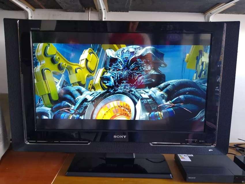 Vendo TV Sony de 32 pulgadas 0