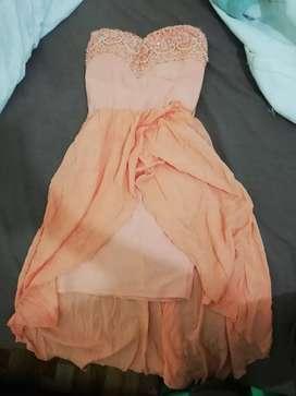 Vendo hermosos vestidos, muy baratos