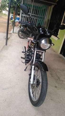 Moto NKD 125 en excelente estado único dueño