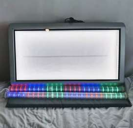 Cartel luminoso, 2 tubos LEDS, silla, cajones