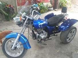 Se vende  esta moto