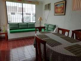 Salinas conjunto Sevilla con piscina 4 dormitorios