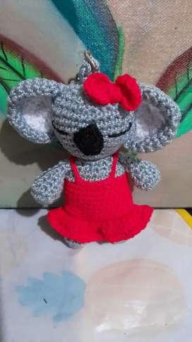 Llaveros tejidos A  mano en crochet