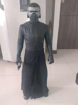 Vendo figura de colección Star Wars Kylo Ren 80cm de alto