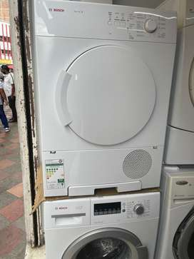 Oferta de duet lavadora secadora bosch electricas 220v y 30 libras