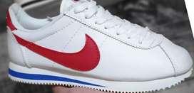 Zapatillas Nike cortez borrador blanca