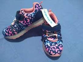 Zapatos de niña, marca carter's talla 11 (americanos)