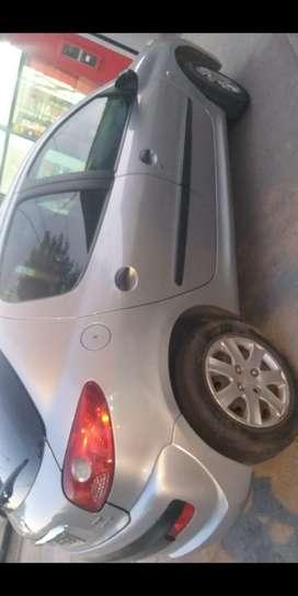 Peugeot compact 207 mod 2010
