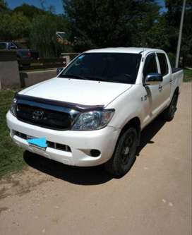 Vendo Toyota Hilux 2.5 Diesel DX 4x2 Pack