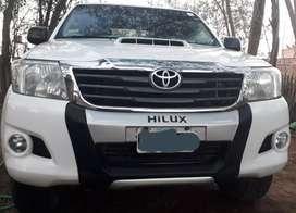 Vendo Hilux excelente estado