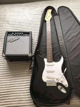 Guitarra electrica + amplificador + palanca de tremulo + forro semi duro + correa