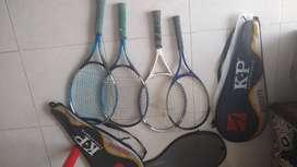 Cuatro raquetas de Tenis