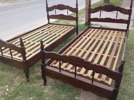 Juego de camas macizas
