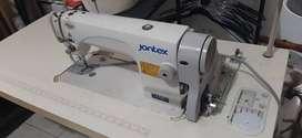 Maquina de coser jontex.