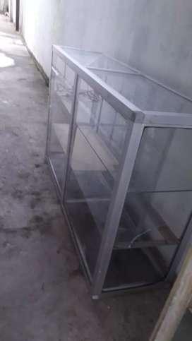 Vitrinas en aluminio y vidrio negociable