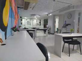 Arrendamos oficinas privadas y puestos de trabajo