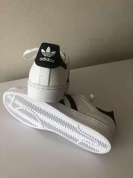 Adidas SuperStar US6