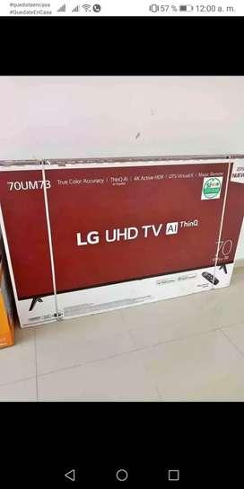 """Smart TV 4 k 70"""""""