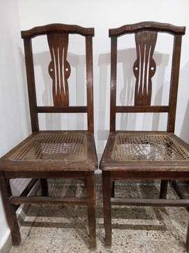 Liquido urgente dos sillas antiguas