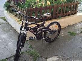 Vendo bicicleta rodado 26 como nueva 5 usos max