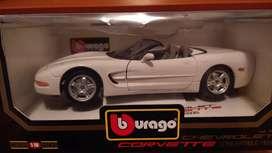 Auto Bburago Chevrolet Corvette 1/18