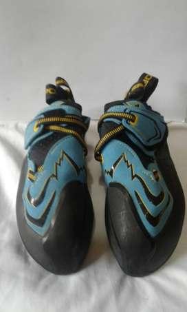 Zapatillas de escalada pedulas la sportiva