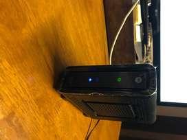 Modem de cable Motorola SURFboard SB6121 con DOCSIS3.0.