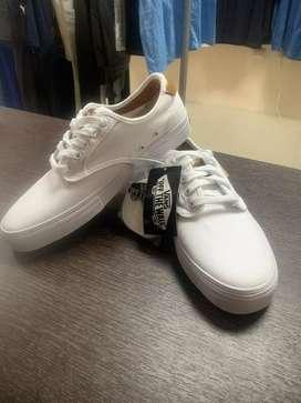 Zapatos marca Vans talla 8us auténticos