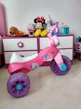 Triciclo Fisher Price Moto Barbie