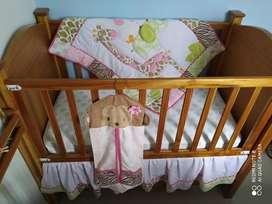 Juego Edredón Safari niña bebé marca Carter's