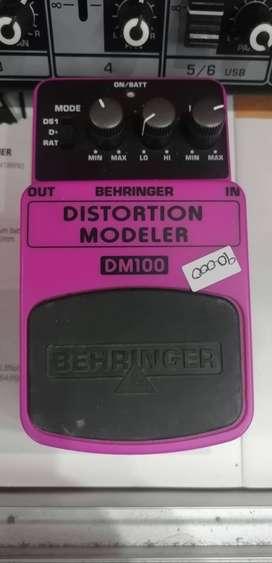 Pedal Distortion Modeler ligeramente usado.
