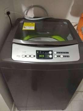 Lavadora haceb 28 libras digital