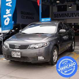 KIA CERATO 1.6 MT LX / GNV MOD 2013 - OLX Autos Perú