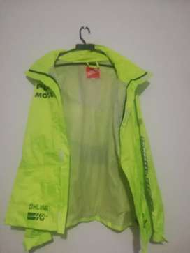 Chaqueta impermeable ICON