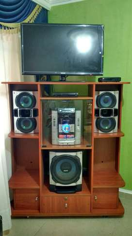 Mueble para Tv Y para Equipo de Sonido
