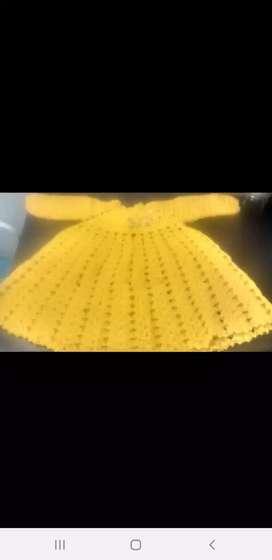 Vestido tejido d lana para bebas hasta un año y medio tejido al crochet