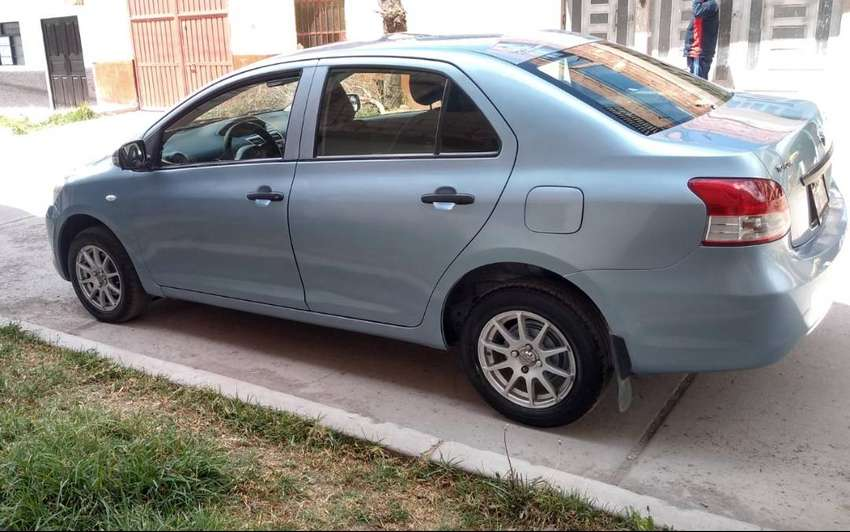 Vendo Toyota Yaris 0