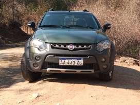 Fiat Strada Aventura Locker