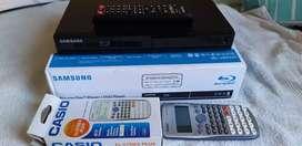 Vendo blu-Ray disc / DVD y calculadora casio