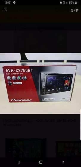 Se vende stereo con pantalla pionner avh-x2750bt