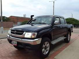Hilux año 2004 4×4