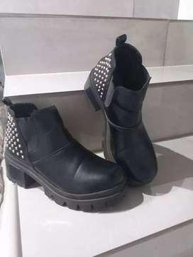 Calzado femenino usado T.38 $3.000