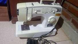 Maquina SINGER Florencia 68